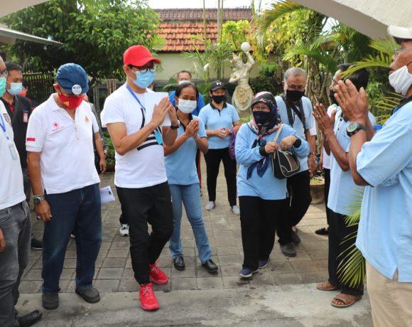 Berpartisiapasi Dalam Program Mandiri Lorong Garden, Wabup Suiasa Apresiasi Masyarakat Dalam Melaksanakan Urban Farming