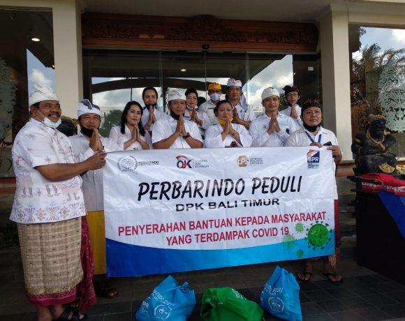 , DPK Perbarindo Bali Timur Serahkan 50 Paket Sembako Kepada Bupati Mas Sumatri