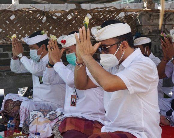 Wawali Jaya Negara Hadiri Karya Pedudusan Alit Pura Pengulun Subak Pagutan Padangsambian Kaja-kabarbalihits