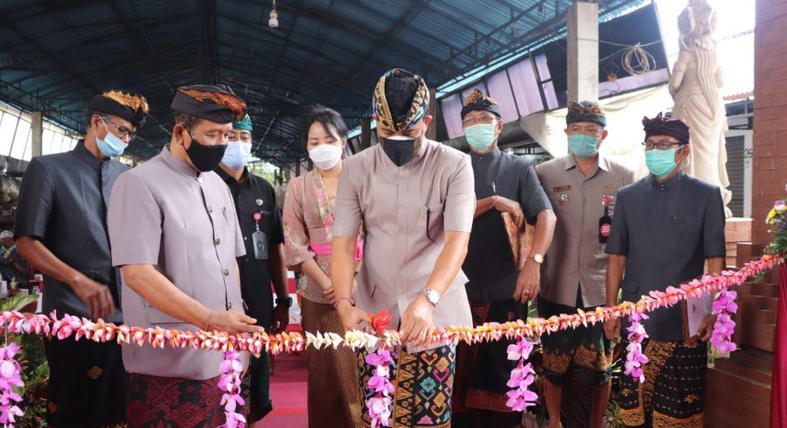 Pemkab Badung Serahkan Pengelolaan Pasar Dalung Kepada Desa Adat-kabarbalihits