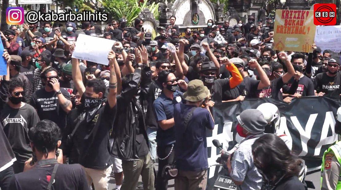Aksi Damai bebaskan Jerinx Dibubarkan Aparat Keamanan