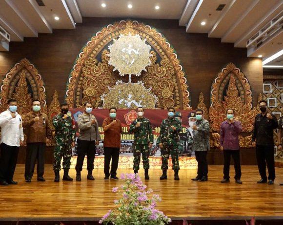 TMMD Ke 109 Di Tutup, Walikota Rai Mantra Terima Hasil Pekerjaan Fisik TNI Manunggal Membangun Desa di Denpasar