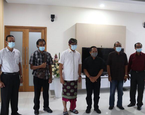 Wabup Suiasa Apresiasi Rencana Bersih Pantai Civitas Akademika Universitas Dwijendra-kabarbalihits