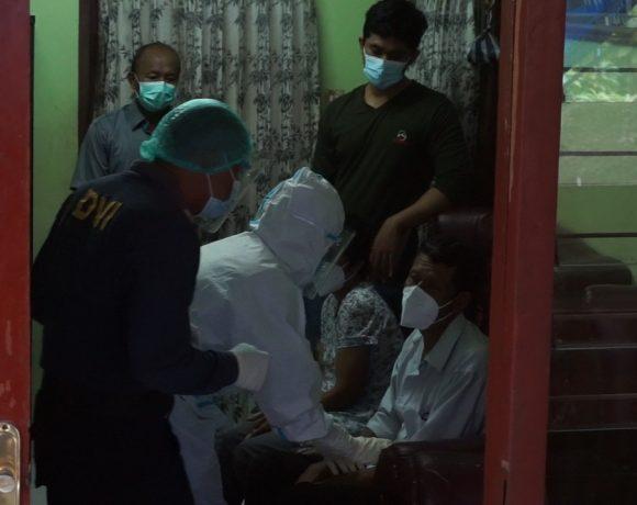 Tim Dokpol Biddokkes Polda Bali lakukan Tes DNA Orang Tua Pramugari Sriwijaya-kabarbalihits