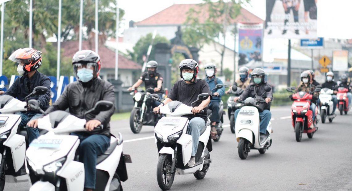 Infrastruktur Siap, PLN UID Bali Ajak Masyarakat Gunakan Kendaraan Listrik-kabarbalihits