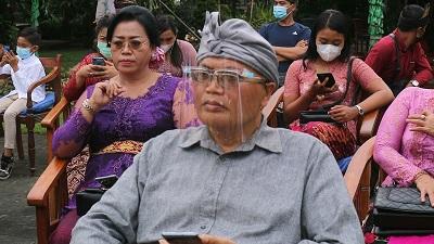 Ambar Ashram Wisuda Guru Spiritual Bali Modern-kabarbalihits