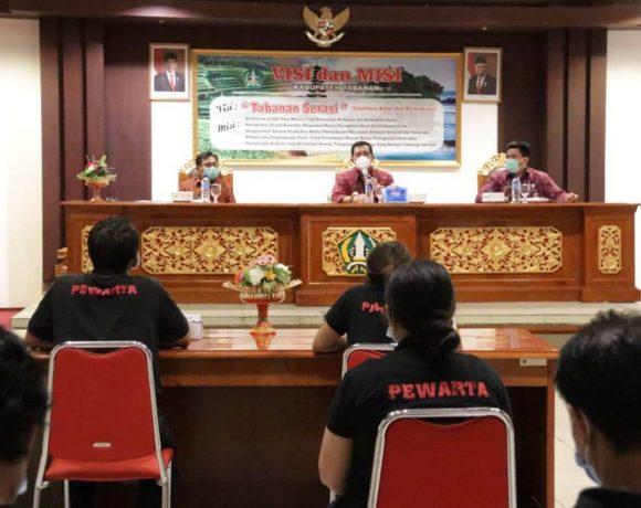 Press Conference Bupati Sanjaya dengan Pewarta, Seleksi Dewan Pengawas dan Direksi PUDDS-kabarbalihits