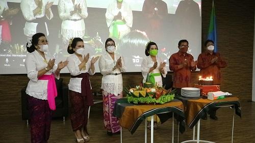 """Peringati Hari Kartini dan HUT ke-33 , Iwanwar Gelar Talkshow """"Perempuan Tangguh di Era Pandemi""""-kabarbalihits"""
