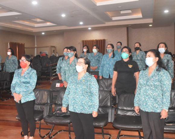 Ny. Seniasih Giri Prasta Ikuti Webinar Konvensi Perempuan Indonesia