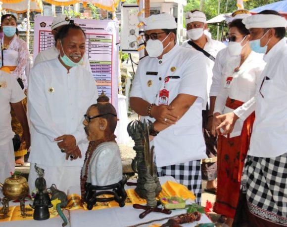 Hadiri Sabha Ida Rsi VIII Maha Warga Bhujangga Waisnawa, Bupati Sanjaya Mengajak seluruh Maha Warga Berperaan Aktif dan Bersatu Padu dengan Masyarakat