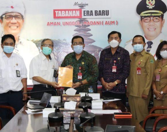Bupati Sanjaya Exit Meeting Bersama Kepala BPK RI Perwakilan Bali