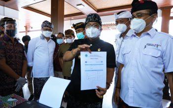 Cegah Penyebaran Covid-19 dan Persiapan Pembukaan Pariwisata, Bupati Giri Prasta Hadiri Launching Perdana GeNose dan E-Ticketing di DTW Kawasan Luar Pura Uluwatu