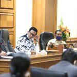 Rapat Kerja Dengan Bapenda, Dewan Badung Khawatirkan PAD yang Terus Merosot