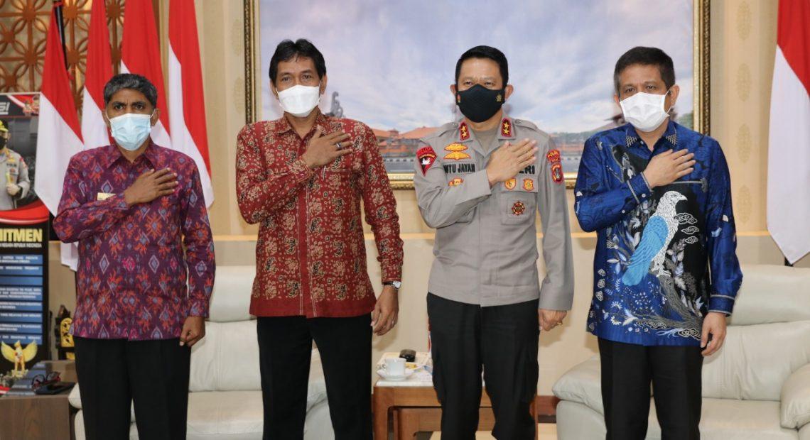 Menerima Kunjungan Ombudsman RI, Kapolda Bali Sampaikan Kemajuan Dumas Presisi dan Kecanggihan Coman Centre Polda Bali-kabarbalihits