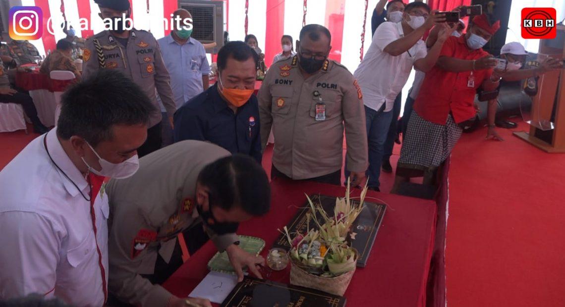 Kapolda Bali Letakan Batu Pertama Program 100.000 Unit Rumah Bagi PNPP di BCA Land Kerambitan