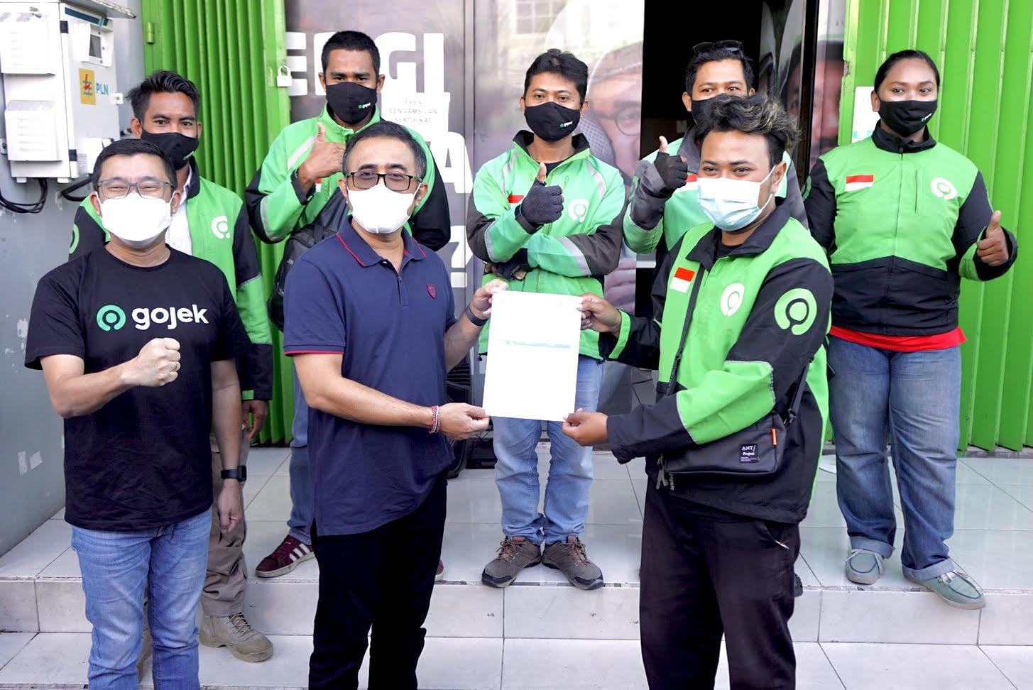 Walikota Jaya Negara Tinjau Vaksinasi Gojek Di Denpasar, Sasar 1000 Driver