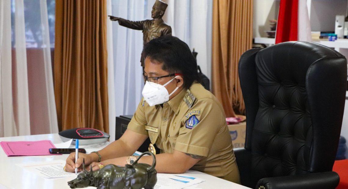 Bupati Giri Prasta Ikuti Vidcon Pengarahan Presiden Terkait Penanganan Covid-19