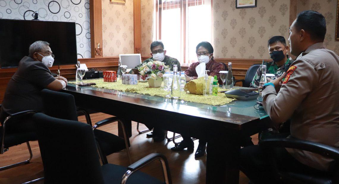 Tingkatkan Koordinasi Dan Sinergitas Di Masa Pandemi, Bupati Giri Prasta Jalin Silaturahmi Dengan Kapolres Badung